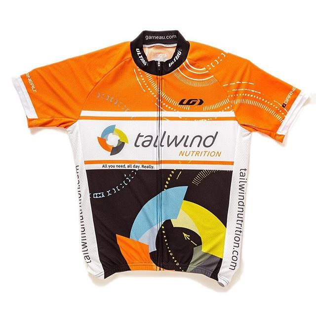 And what would your dream #GarneauCustom jersey look like? This is @tailwindnutrition's design - and we love it! Click the link in our bio to learn how to design your own #customcyclingkit! (Or click over to Tailwind Nutrition's site to get one of theirs!) #garneaucycling #Garneau #TailwindNutrition #cyclingstyle #cyclinggear #cyclingjersey #jersey #myfavouritejersey #cyclingstyle
