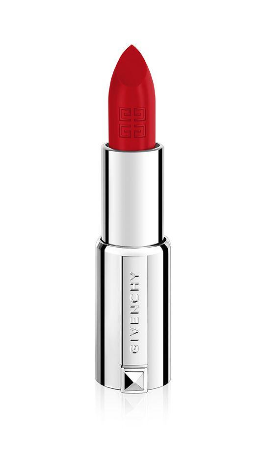 """Givenchy Lippenstift """"Le Rouge"""" ( in 2 rot Tönen) ist reich an Pigmenten und umhüllt die Lippen mit strahlenden, langanhaltenden Farben. Die leichte, samtweiche Textur verleiht Ihren Lippen eine schöne Kontur. Ab Ende August um ca. € 34.90 erhältlich Lipstick Love – Satte Farben für graue Tage   justDELUXE.at"""