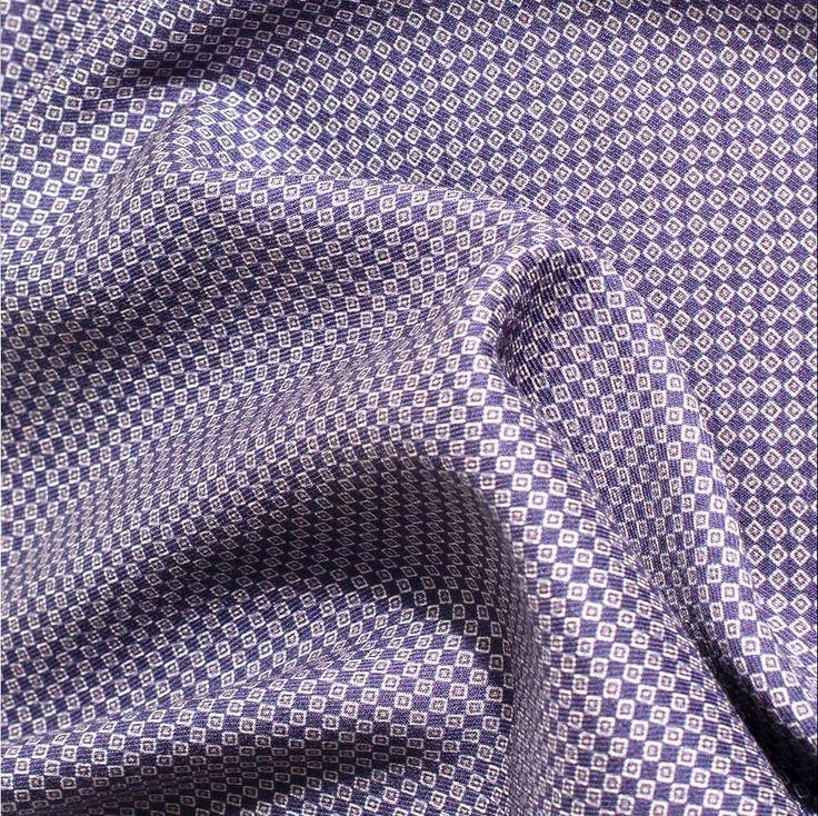 Ekslusive lommetørkler i ull og silke fra Viero Milano. Svært godt utvalg i butikkene nå!