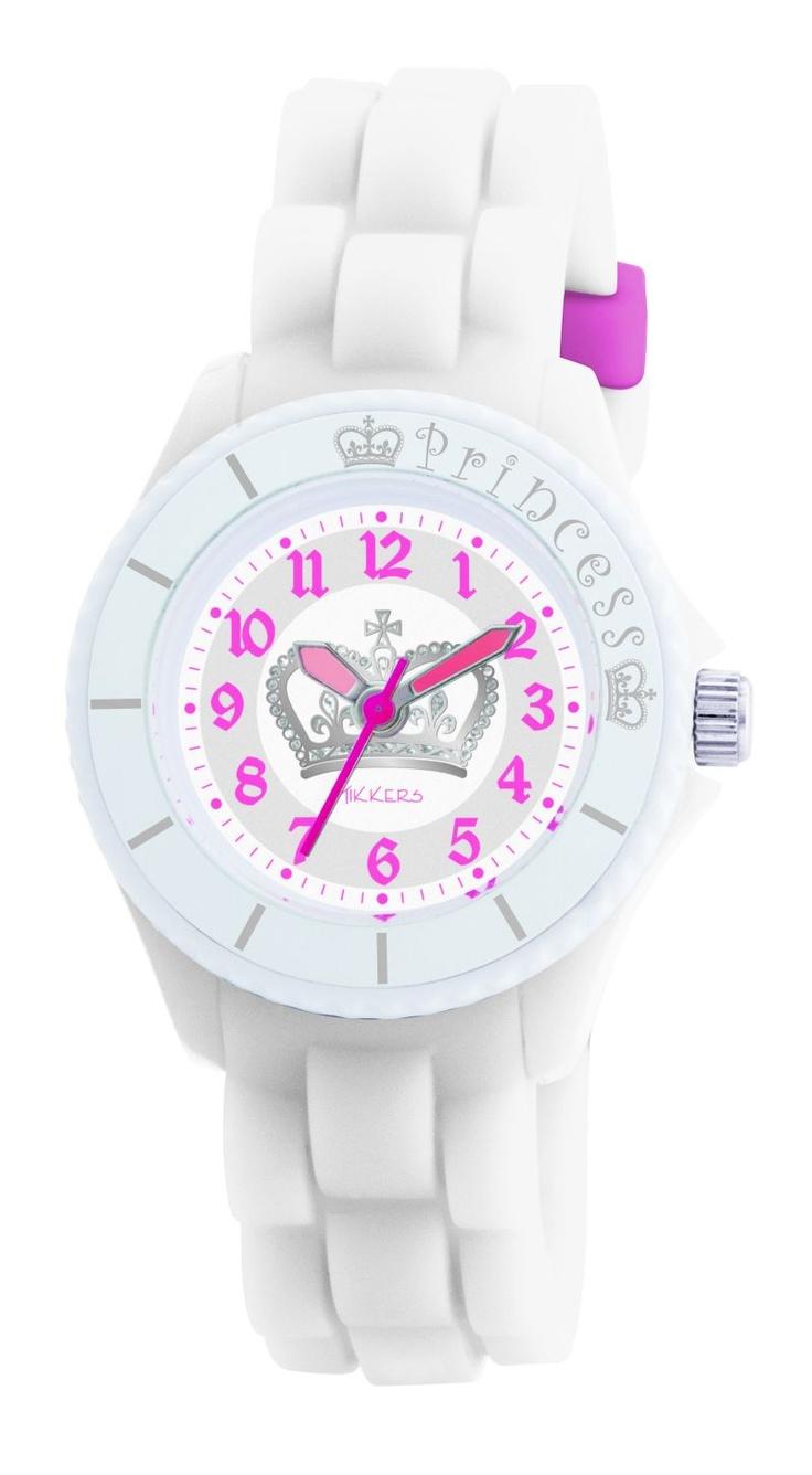 Mooi, dit witte horloge van het nieuwe merk Tikkers met de afbeelding van een kroontje op de wijzerplaat.