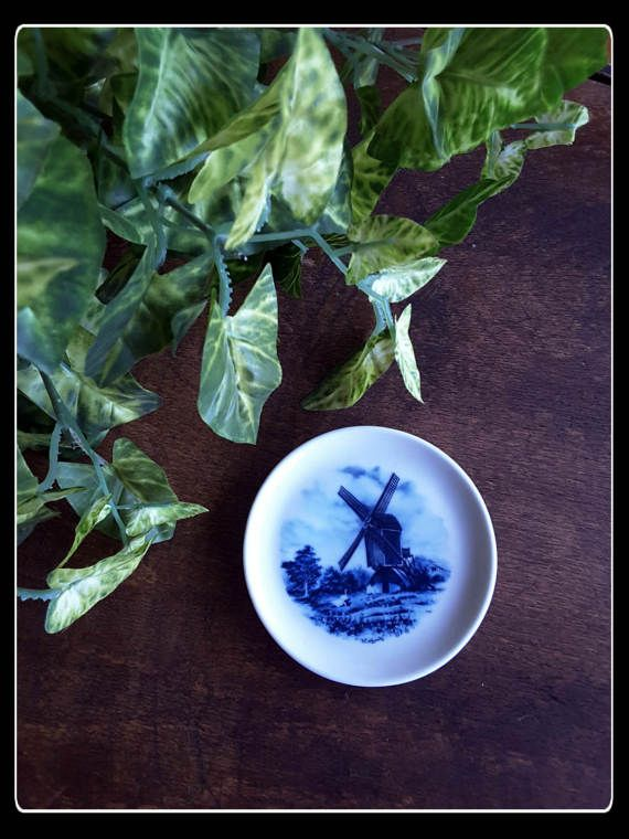 Vintage Delft blue decorative windmill small by PawhillTreasures