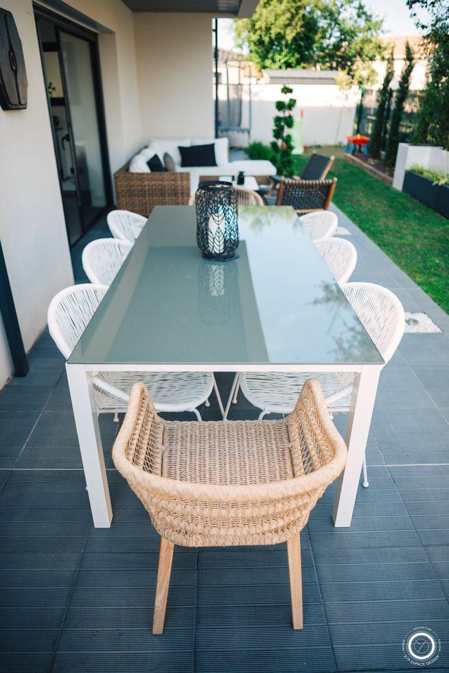 salon de jardin table de repas jardin canapé de jardin maison du ...