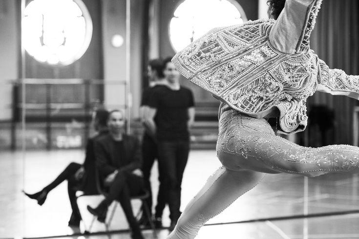 Balmain e figurino de balé da Ópera de Paris.