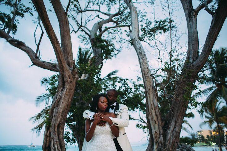 Flawless wedding photo Jamaica Visualcravings.com  http://bit.ly/1FBzCot @riuhoteles #lizmooreweddings
