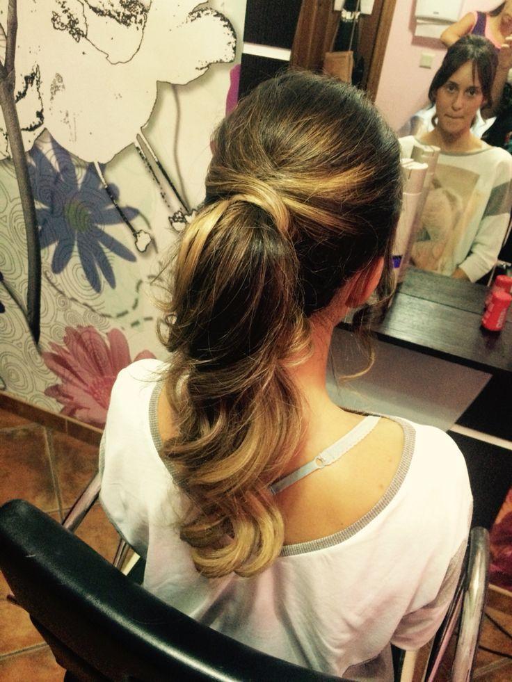 Peinados novia coleta alta