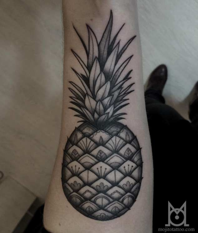 25 best ideas about pineapple tattoo on pinterest cute henna cute hand tattoos and hawaii. Black Bedroom Furniture Sets. Home Design Ideas