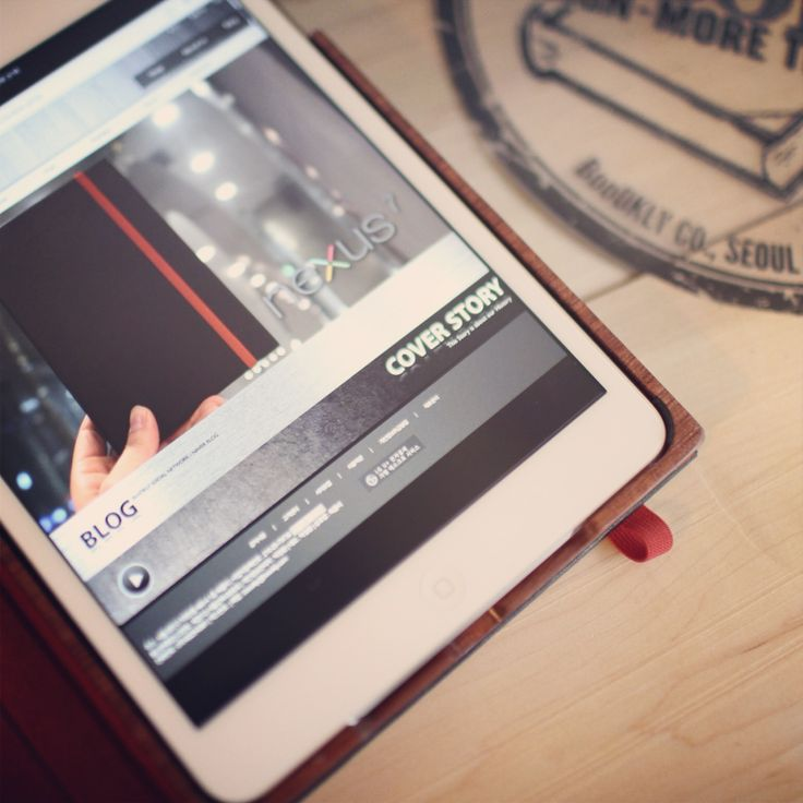 BooOKLY Design iPad air case Black Bubinga wood case