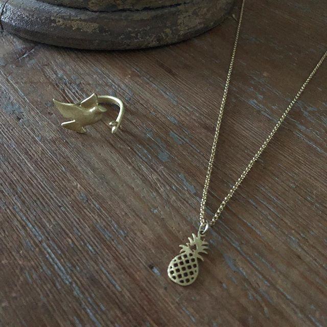 Prix de folie  Collier et bague à shopper sur www.monstorefashion.com #bijoux #bijou #bijouxfantaisie #msflovesyou #fashion #fashionmood #fashionstyle #collier #bague