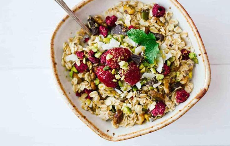 The Low-Calorie Granola Alternative You Need To Start Making  http://www.prevention.com/eatclean/5-clean-eating-muesli-recipes