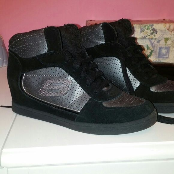 Studded accent wedge sneakers . skechers Skechers Wedge sneaker worn only once. No sign of wear. Black suede trim, gunmetal colored leather.  silver stud accent S. skechers Shoes Sneakers