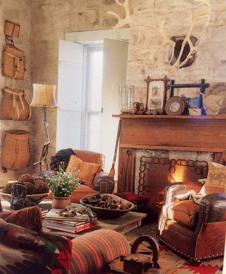 1677 best southwestern western country style images on for Texas themed living room