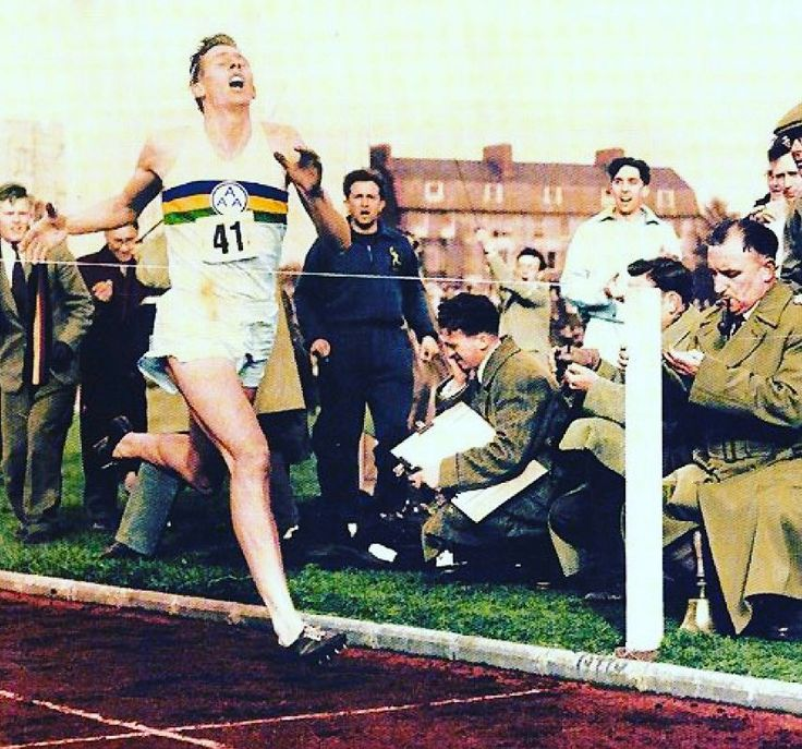 On this day May 6th 1954  Roger Bannister became the first man to break the four minute mile running 3:59.4  and might I add looking very dapper ... #styleformiles ( mile )