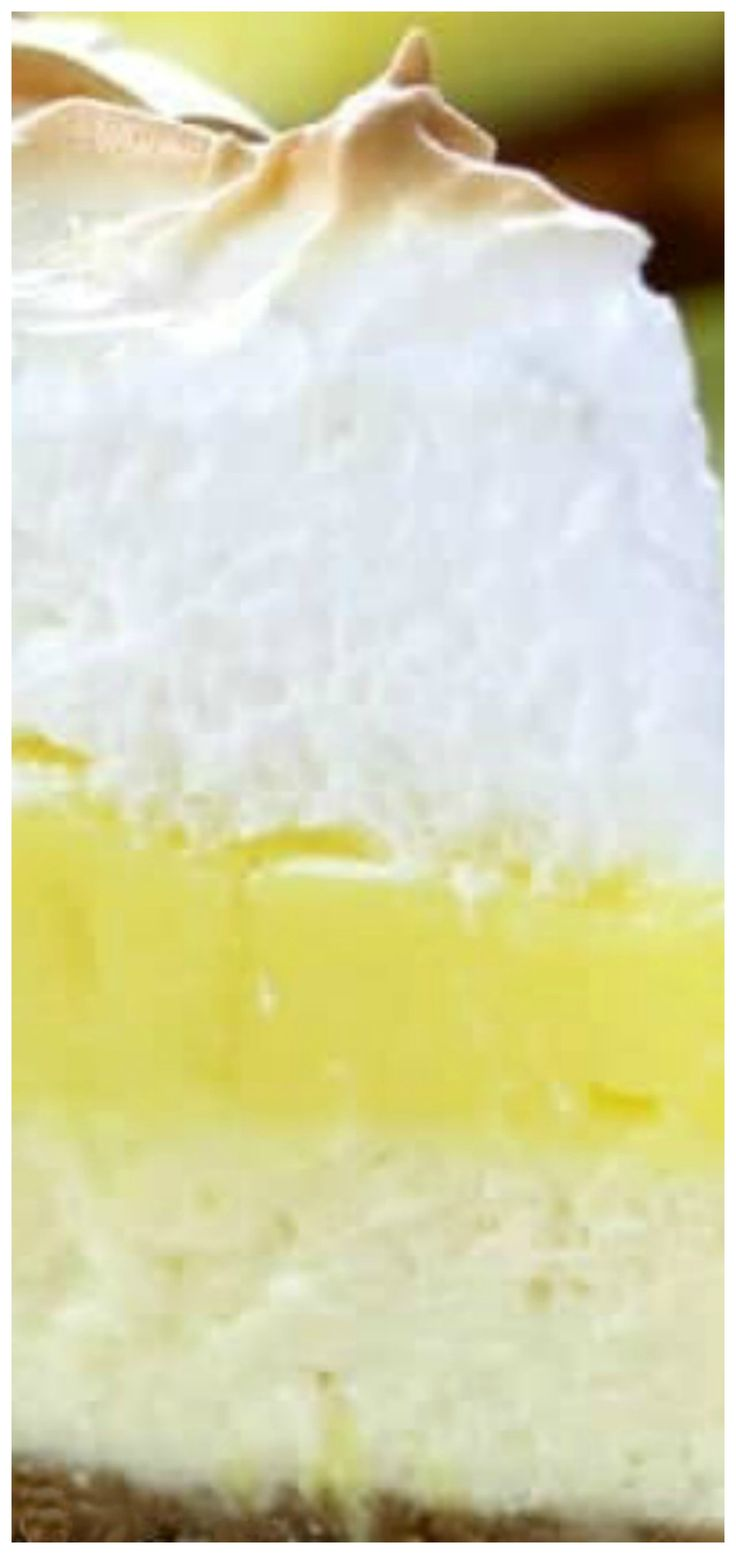 Lemon Meringue Pie Cheesecake ~ A graham cracker crust, fresh tart lemon filling & a fluffy meringue topping combined with a rich cheesecake!