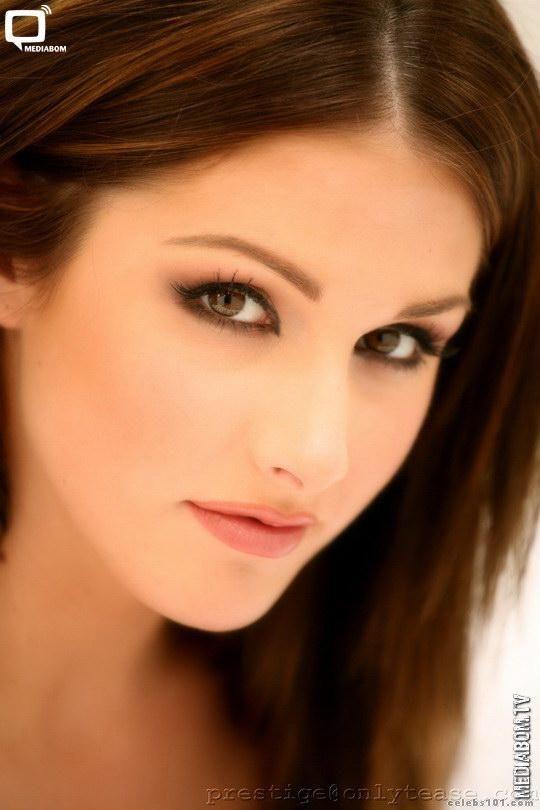 Lucy Pinder2 Beautiful Girls Pinterest Brunettes