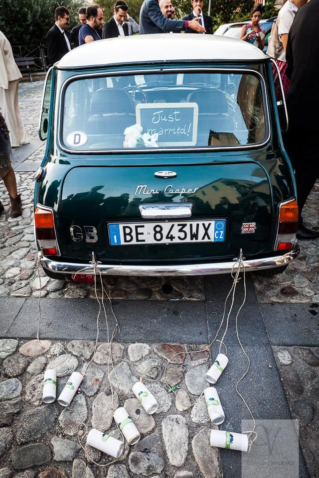 Carlo&Cristina's getaway! Mini Cooper with personalized cans! #wedding #getaway #weddinginitaly