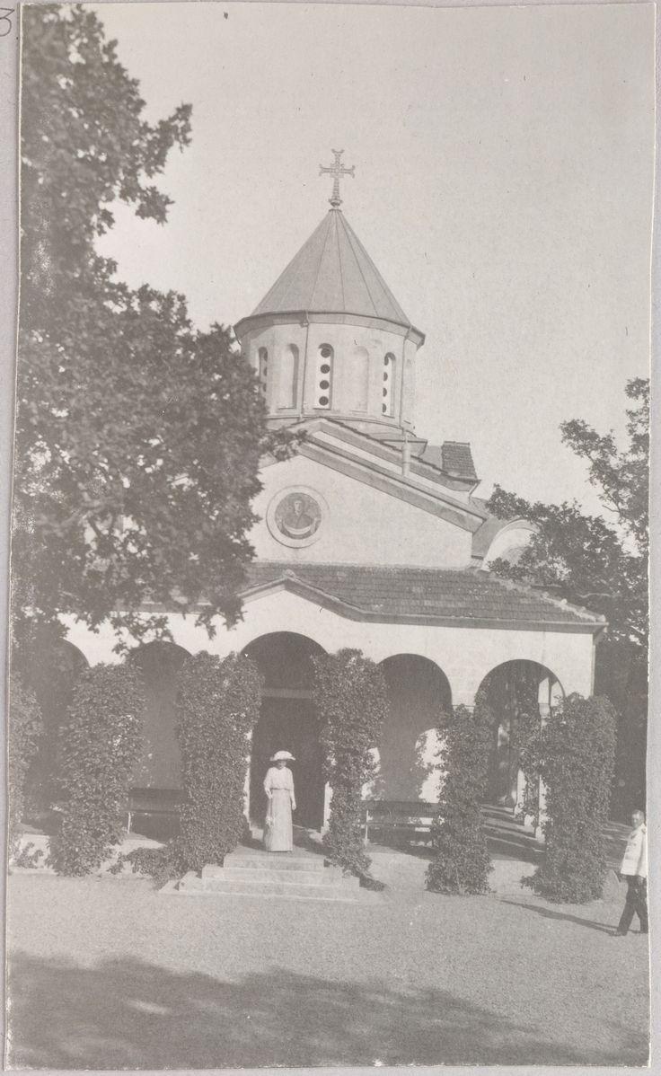 """""""Oreanda, Crimeia - 1914"""": A igreja em Oreanda."""