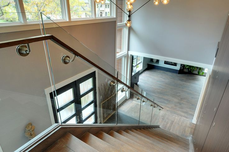 1431-Meadow-Glenview - Staircase-Top-View - Globex Developments Custom Homes