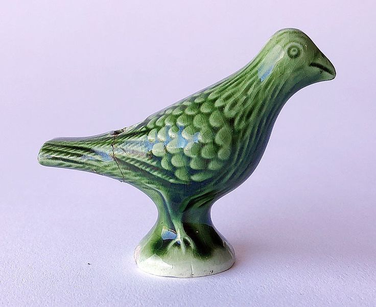Lovely Creamware / Earthenware Bird Shaped WHISTLE / BIRD CALL, Staffordshire, 1820