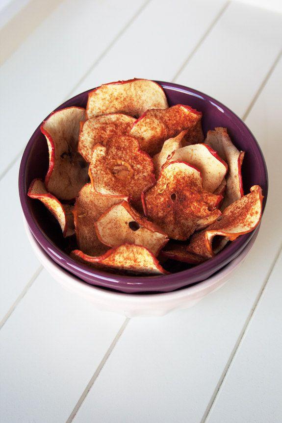 Cinco Quartos de Laranja: Chips de maçã com canela