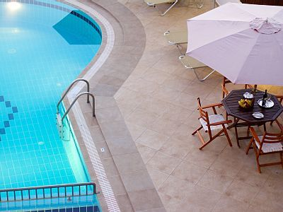 Rethymno villa rental - Villa Eleni-The pool terrace is equipped with sun beds and umbrellas!