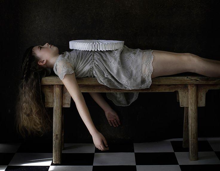 The powerful portraits of Dutch photographer Elizabeth Koning