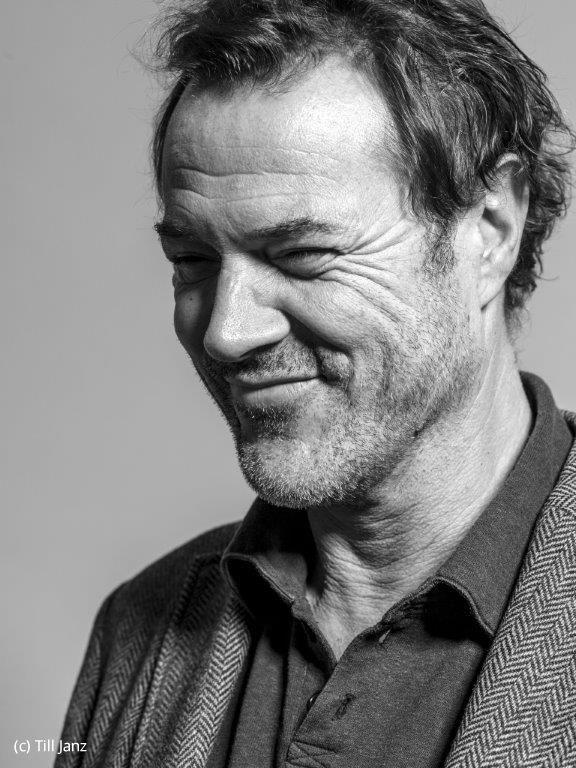 Offizielle Website des Schauspielers Sebastian Koch. Bilder, Showreel, Presse und Kontakt.