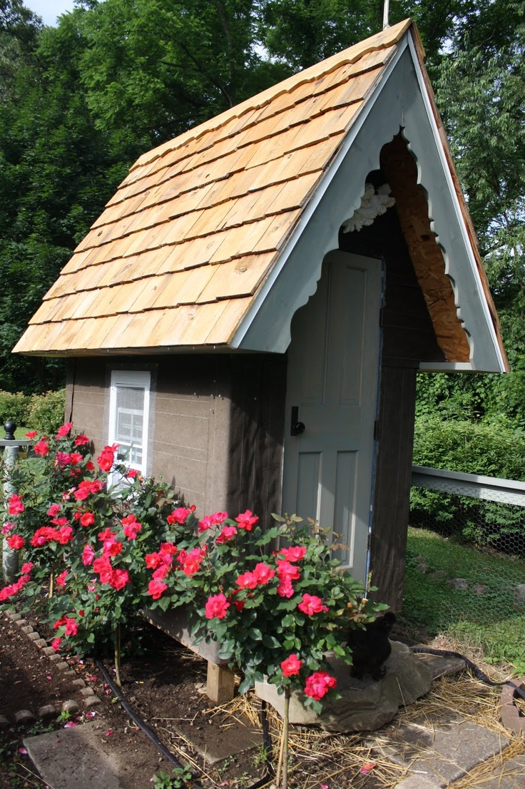 17 Best 1000 images about Cozy Garden Sheds Barns Cottages