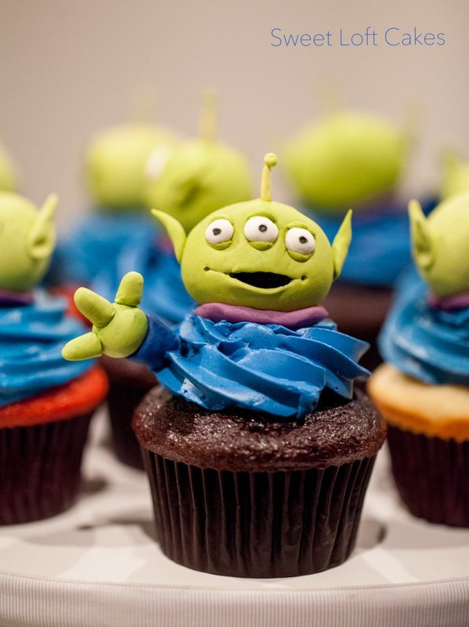Toy Story Alien cupcakes — Baby Shower