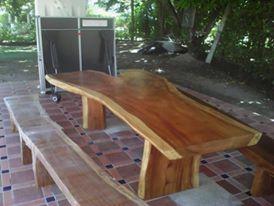 Mesas Rusticas en diferentes tipos de madera, estilos y tamaños, fabricamos según sus necesidades. Contacto: (571) 3006595378 - 3163317633, estamos ubicados en Colombia, Silvania Cundinamarca o en Bogotá, fabricantes directos
