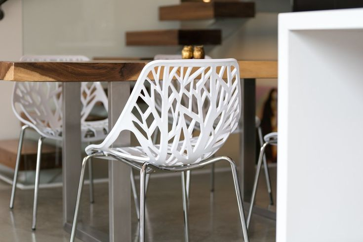 This stunning white birch chair has been selected for you, the mid-century modern enthusiast, or if you just like beautiful things in your home. Check it out now right here:  https://www.urbanmod.net/collections/dining-chairs/products/birch-sapling-chair-white-set-of-four