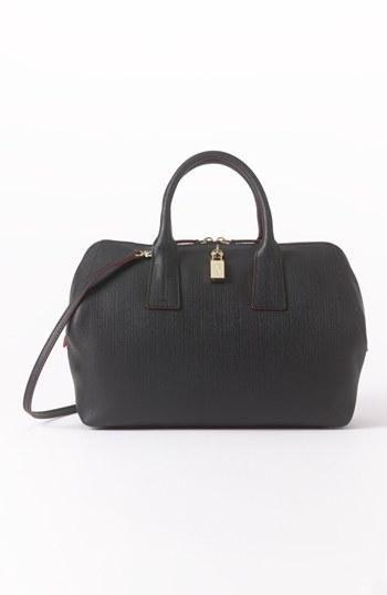 Simple but gorgeous black satchel