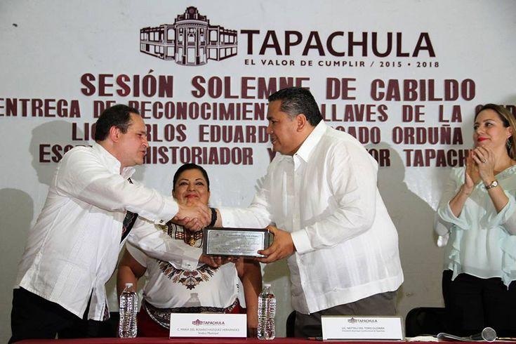 TAPACHULA RECONOCE AL ESCRITOR CARLOS MERCADO- ORDUÑA. – ::Chiapas Hoy::
