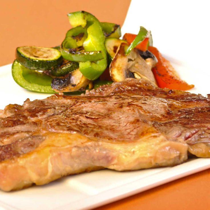 Côte de bœuf à La Plancha Eno et son wok de légumes By Madame Figaro