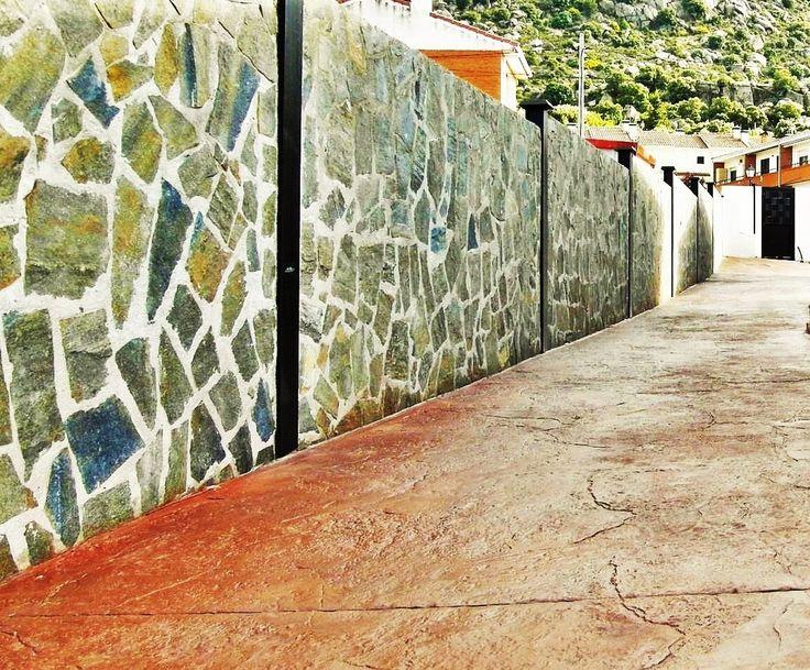 Casas hormigon armado casa diseada por ayeneh office for Sillas vitra imitacion