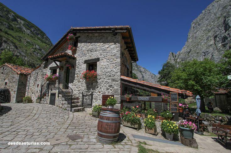 Rutas por Asturias. Rutas por Bulnes, Cabrales. https://www.desdeasturias.com/asturias/que-ver-y-que-hacer/rutas/