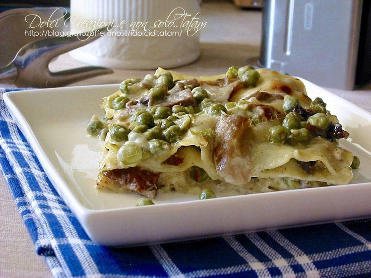 Le Lasagne ai piselli e funghi porcini, in bianco sono un primo piatto davvero delizioso, delicato e saporito, composto da strati di pasta farciti ..