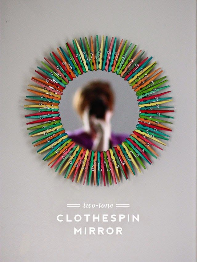 A fun spin on sunburst mirrors  Two-Tone #Clothespin #Mirror #crafts #DIY