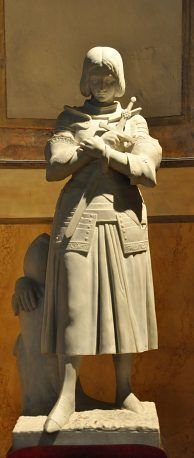 Copie de la célèbre statue de Jeanne d'Arc.Eglise Saint-Vincent-de-Paul.Paris 10e