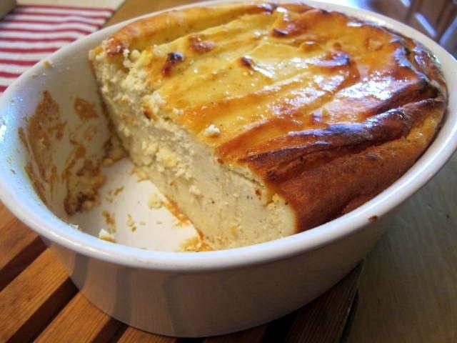 Ricottakuchen ohne Mehl -primal- Rezept  - Gesund Abnehmen! Low carb, wenig Kohlenhydrate und viel Fett! Timballo di Ricotta: Ein Käsekuchen ohne Boden. Stammt aus Italien, schmeckt wie Käsekuchen, nur viel besser... Ricotta (von lateinisch recocta 'nochmals gekocht') ist der italienische Name für einen Frischkäse aus Schaf und/oder Kuhmilch, der unter Zugabe von Frischmilch/Rahm zur Molke und Fällung durch Säure (in der Regel Zitronensäure) bei 90 Grad gewonnen wird. Bei selbst…