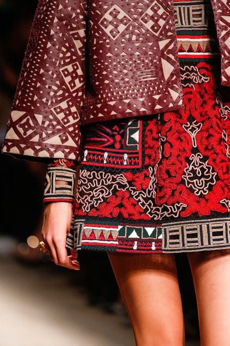 Valentino Details Spring 2014 RTW – High Fashion / Ethnic & Oriental / Carpet & Kilim & Tiles & Prints & Embroidery Inspiration /