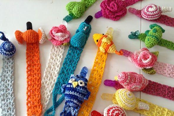 colori di primavera!  new crochet pacifier clip handmade Valeria Buccheri
