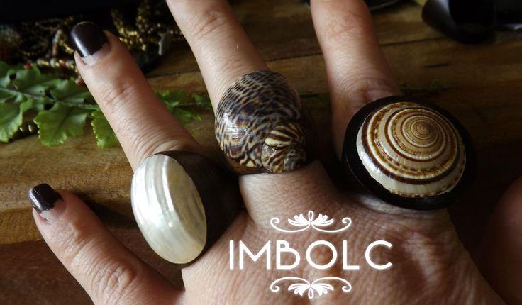 Anéis de Madeira e Concha Abalone com Técnica de Machetaria