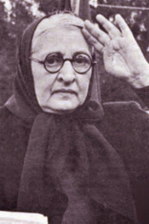 Halide Edip Adıvar, 1884 yılında Beşiktaş, İstanbul'da doğdu.
