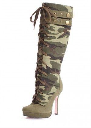Botas camuflaje con tacón, encuentra más estilos de botas militares  aquí...http://www.1001consejos.com/botas-estilo-militar/