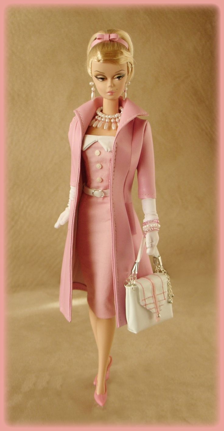Love Silkstone Barbies just for their absolutely gorgeous clothes.  I really should replicate this in crochet!