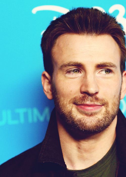 Chris Evans. via: http://christinahendricks.tumblr.com/post/62122788217