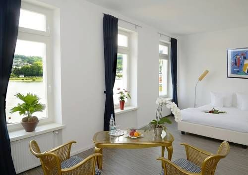 Hotel Anker Remagen Located in Remagen, 45 km from Cologne, Hotel Anker boasts a barbecue and views of the river. Guests can enjoy the on-site restaurant.  Some rooms feature a seating area for your convenience. Hotel Anker features free WiFi throughout the property.