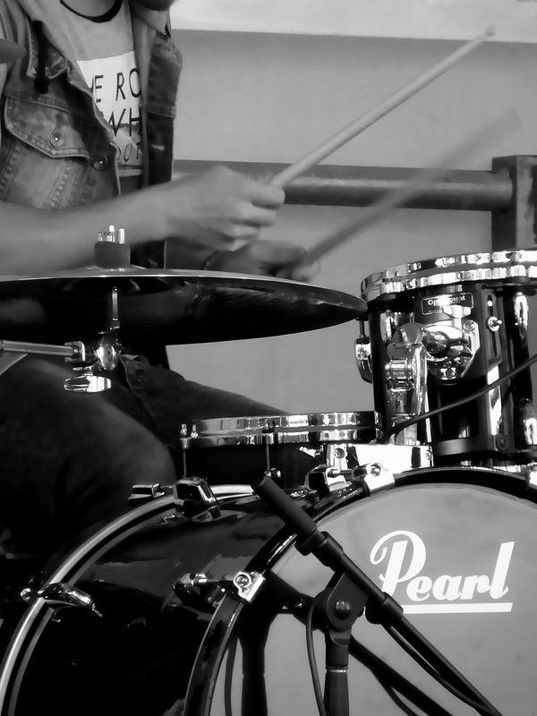 Drumming dude