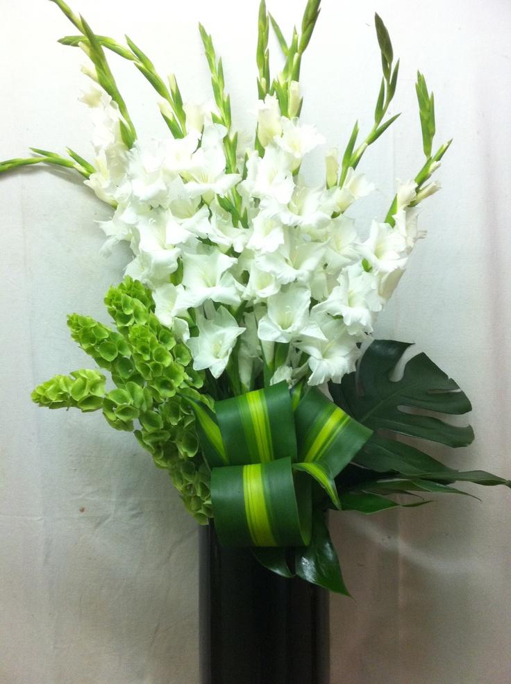 57 best gladiolus in arrangements images on pinterest wedding bouquets bridal bouquets and. Black Bedroom Furniture Sets. Home Design Ideas