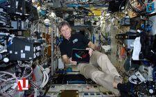 Находясь на борту международной космической станции (МКС), астронавты НАСА Шейн Кимброу и Пегги Уитсон поздравили Казахстан с 25-летием независимости и 25-летием установления дипломатических отношений между США и Казахстаном. ...